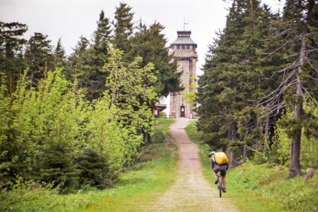 die Auffahrt zum Auersberg