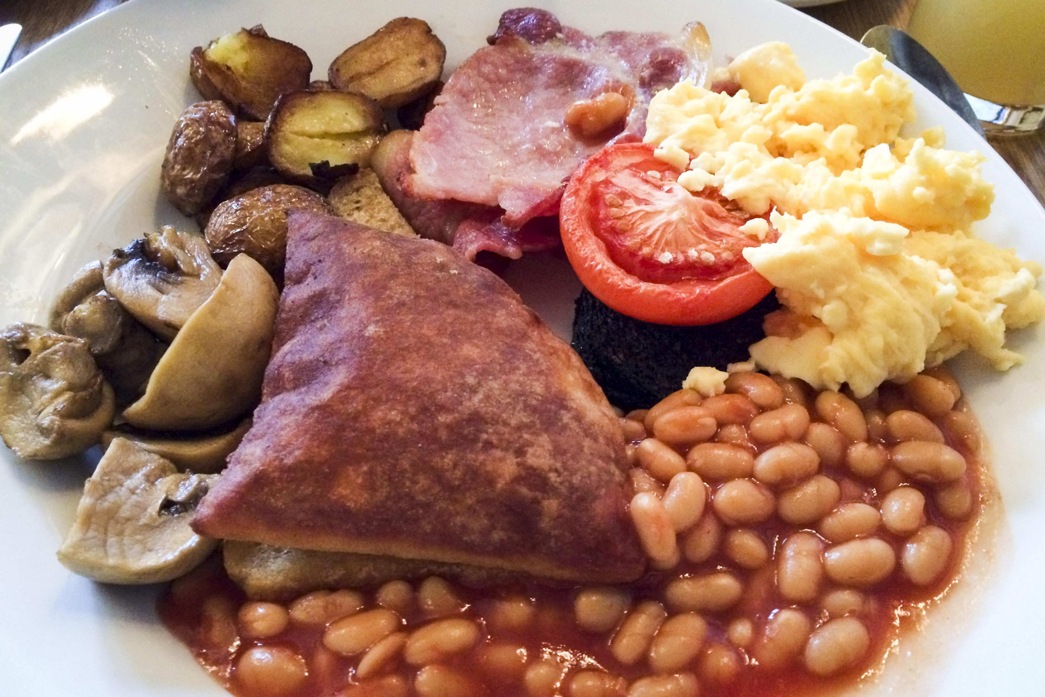 """ein """"full scottish breakfast"""" vom Feinsten"""