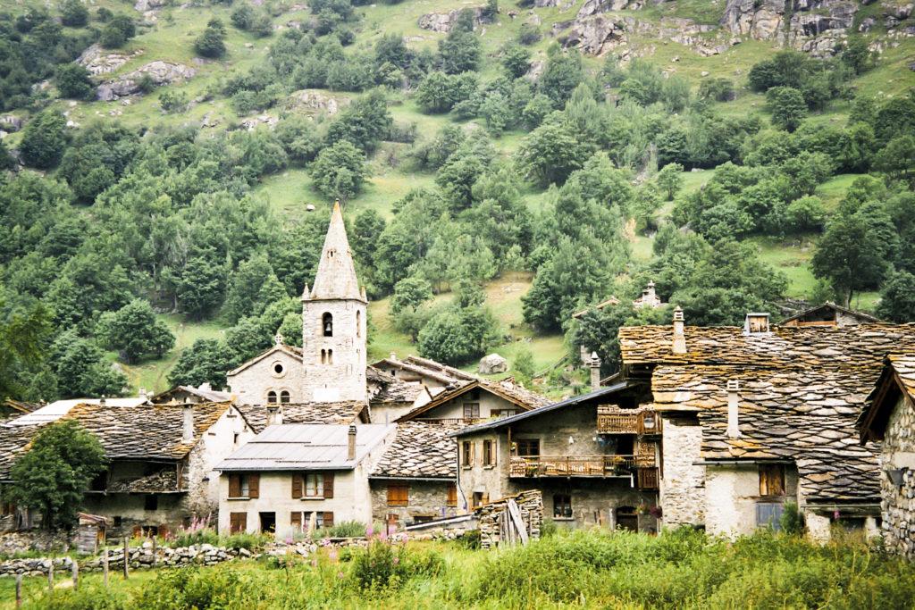 fast überall verlassene Dörfer