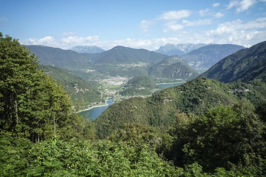 Blick zurück auf den Lago di Corlo