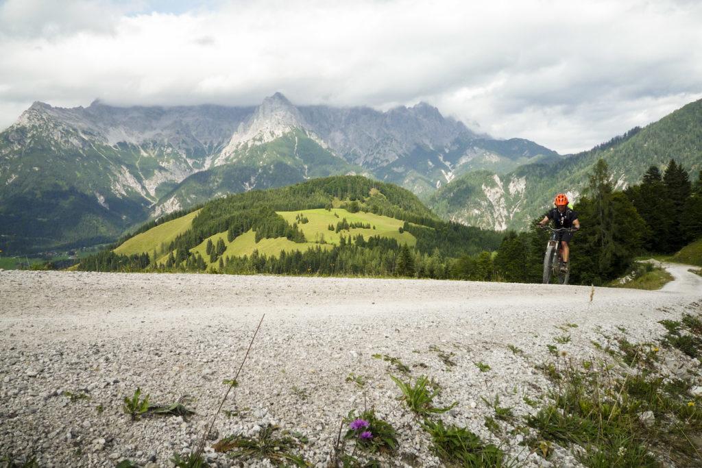 steile Auffahrt zur Buchensteinwand