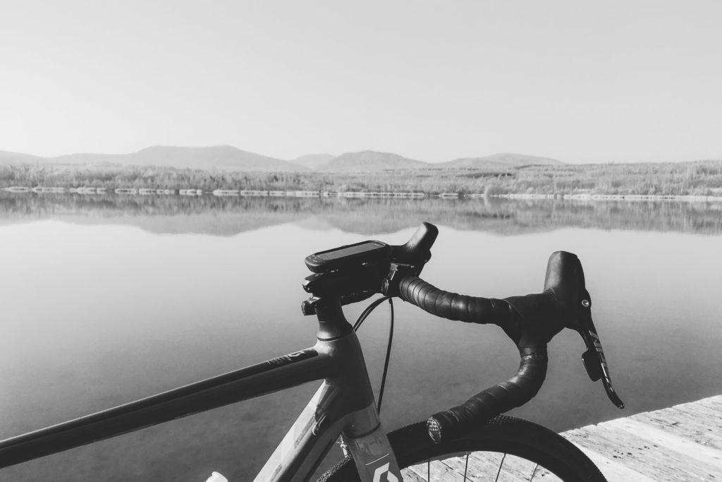 Blick vom Olbersdorfer See zum Zittauer Gebirge