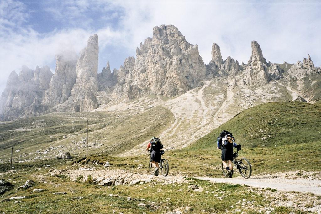 zur Tierser-Alp-Hütte gehts steil bergauf