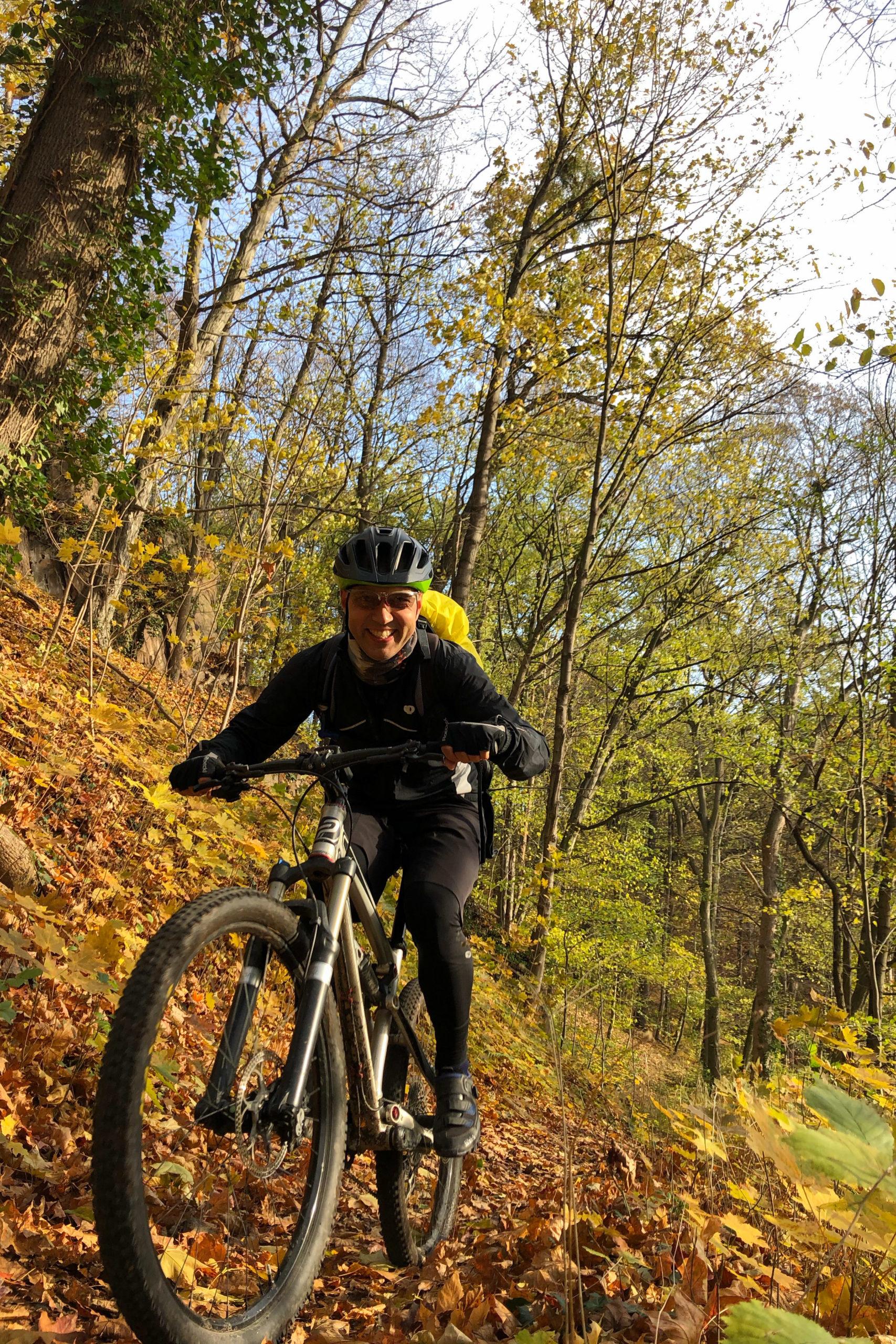 die Wege sind rutschig, machen aber Biker glücklich