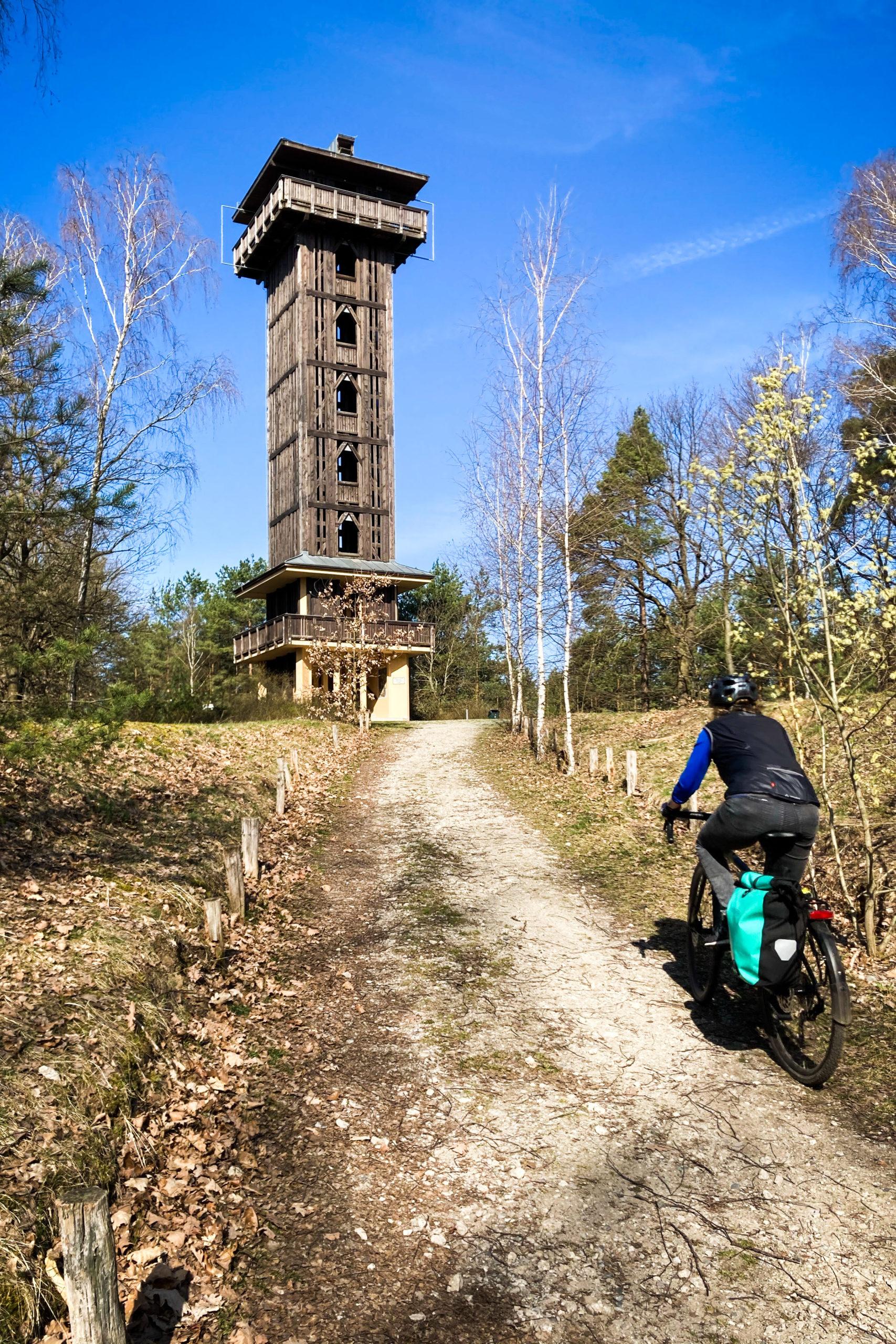 Auffahrt zum Wehlaberg